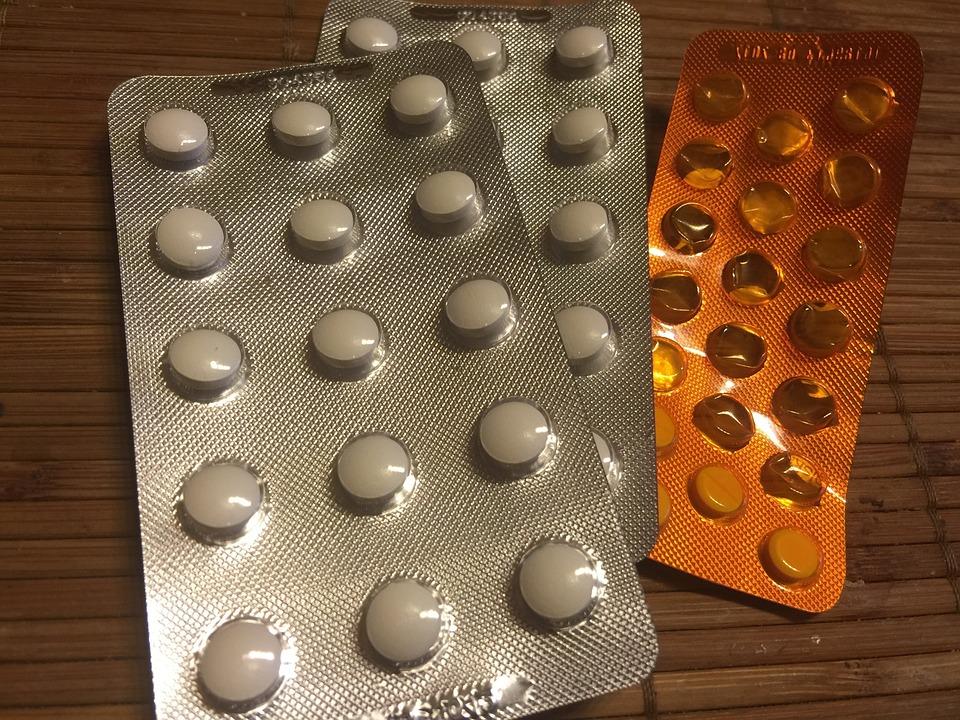 schmerzen-handruecken-medikamente